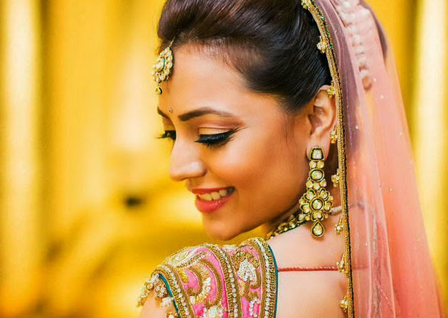 Aggarwal beauty's competition to Tamannaah