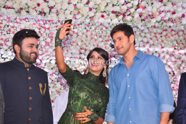 Pic Talk: Star Struck Selfie With Mahesh