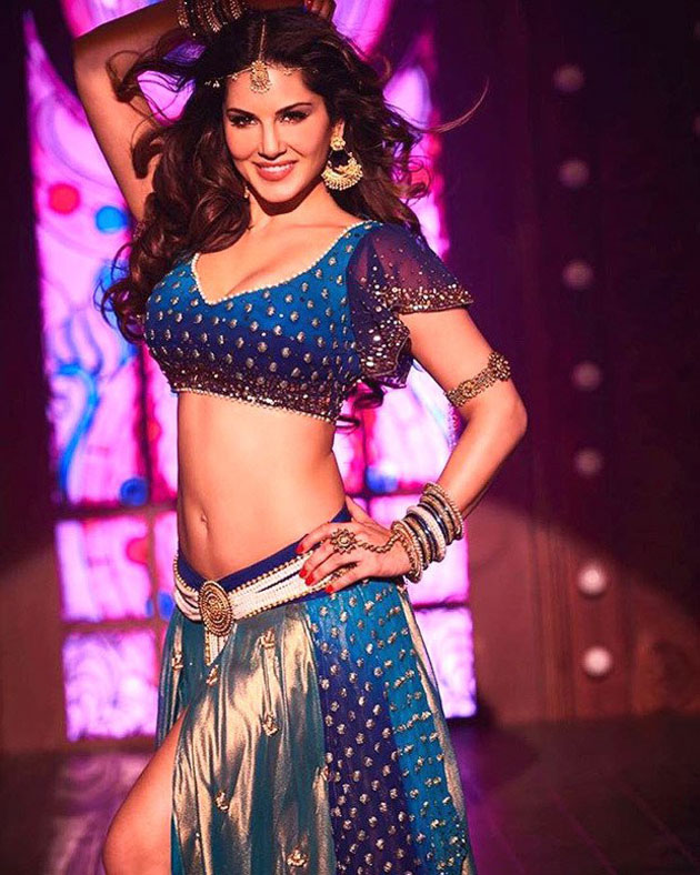 Pic Talk: Sizzling Sunny as Laila