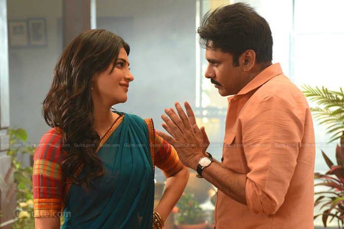 Pawan Shooting without Director?