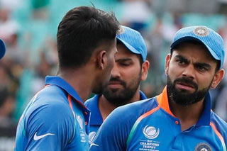 'Kohli, Yuvraj Fixed Champions Trophy Final'