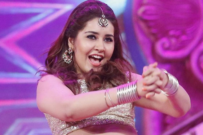 Raashi's Item Song For Free Of Cost