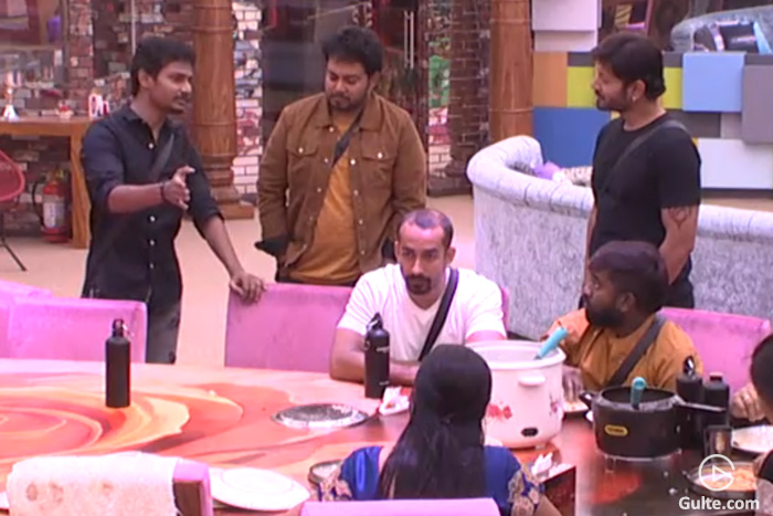 Bigg Boss 2: Kaushal caught in Scripted Roast?