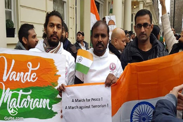Telugus in London protest infront of Pakistan HC