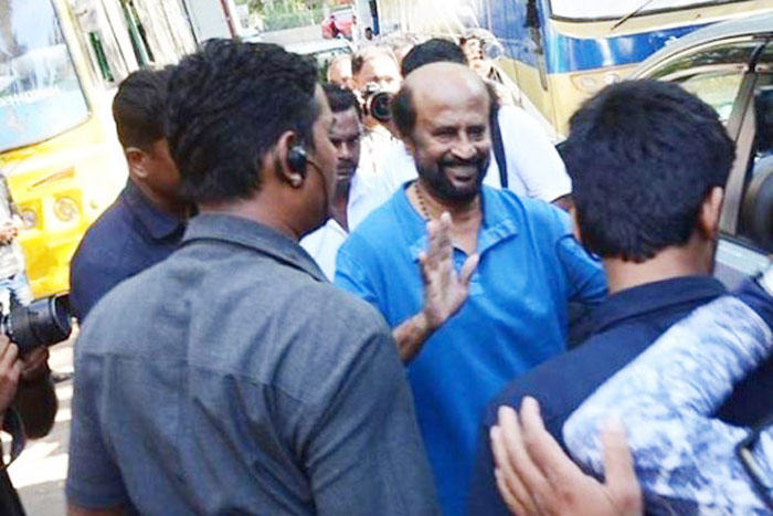 Mumbai College Students Attack Rajini's Darbar Sets