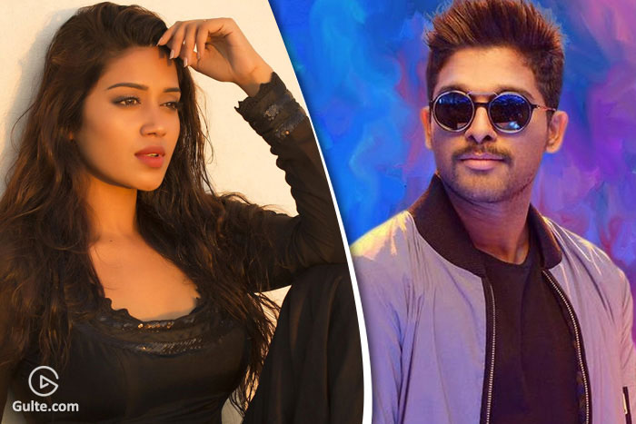 Allu Arjun Endorsing Another Heroine?