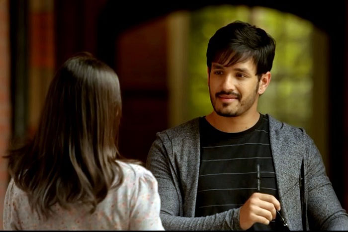 Akhil Saying No To Senior Heroines?