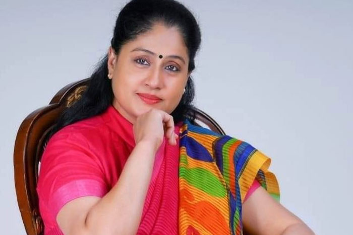 Who Is Vijayashanti's Favourite In Young Heroines?