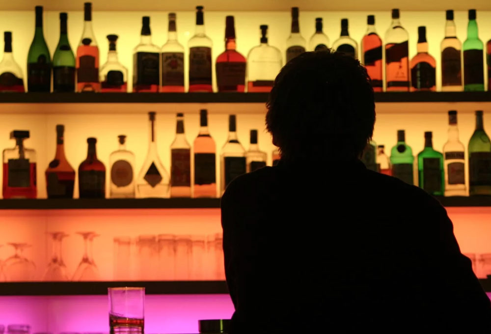After Liquor Shops, Bars In AP To Come Down