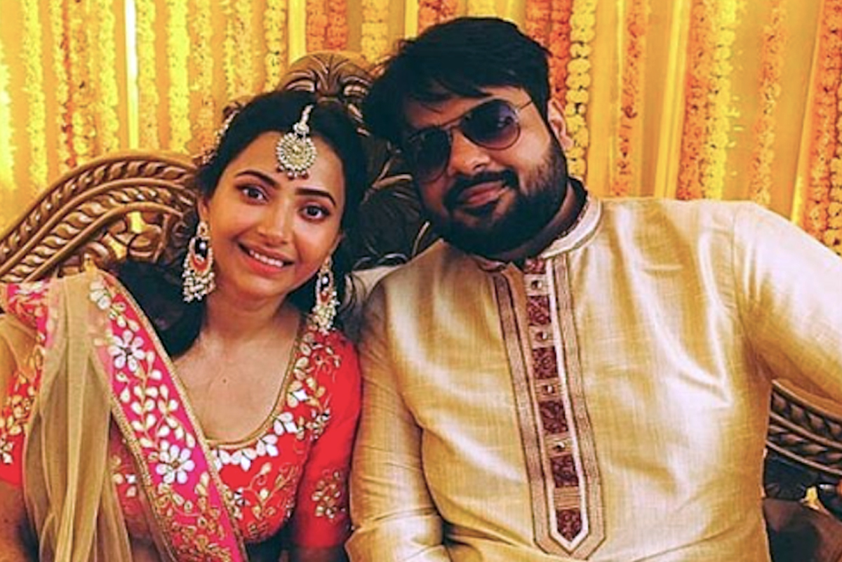 Heroine Files For Divorce Before First Anniversary!