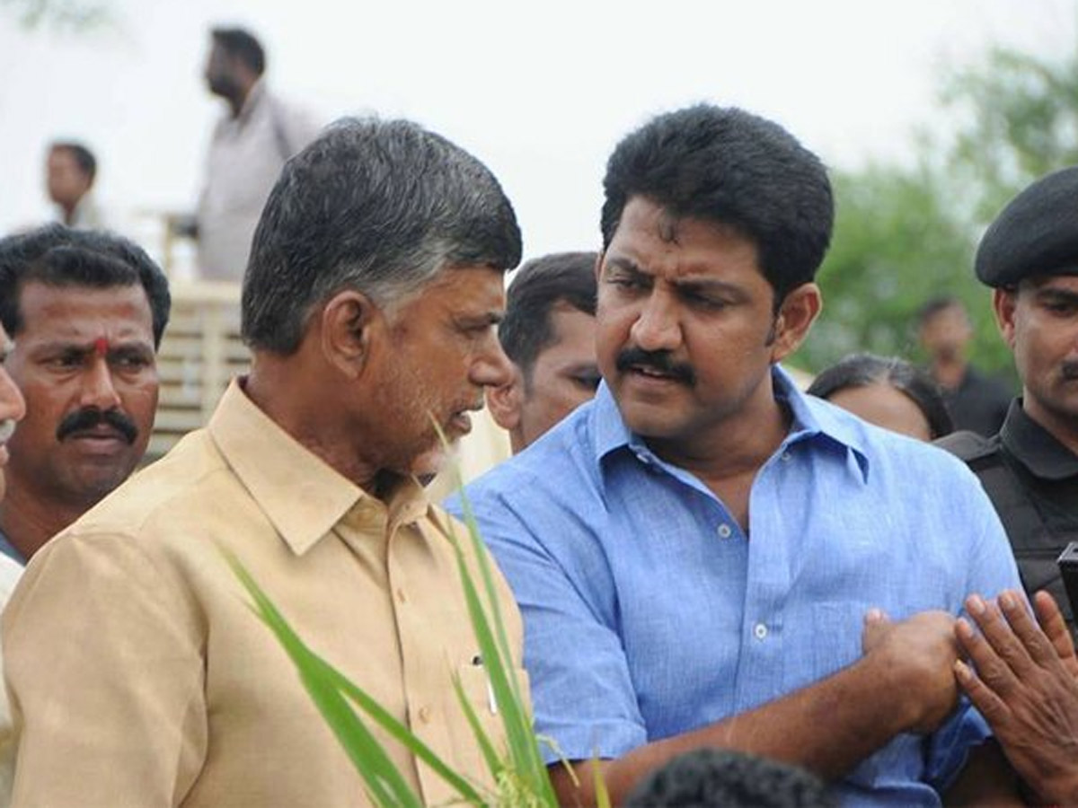 Three Capitals: Vamsi Ordered to Vote In TDP's Favour