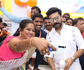 Ram Charan at Happi Mobiles Store Launch Photos