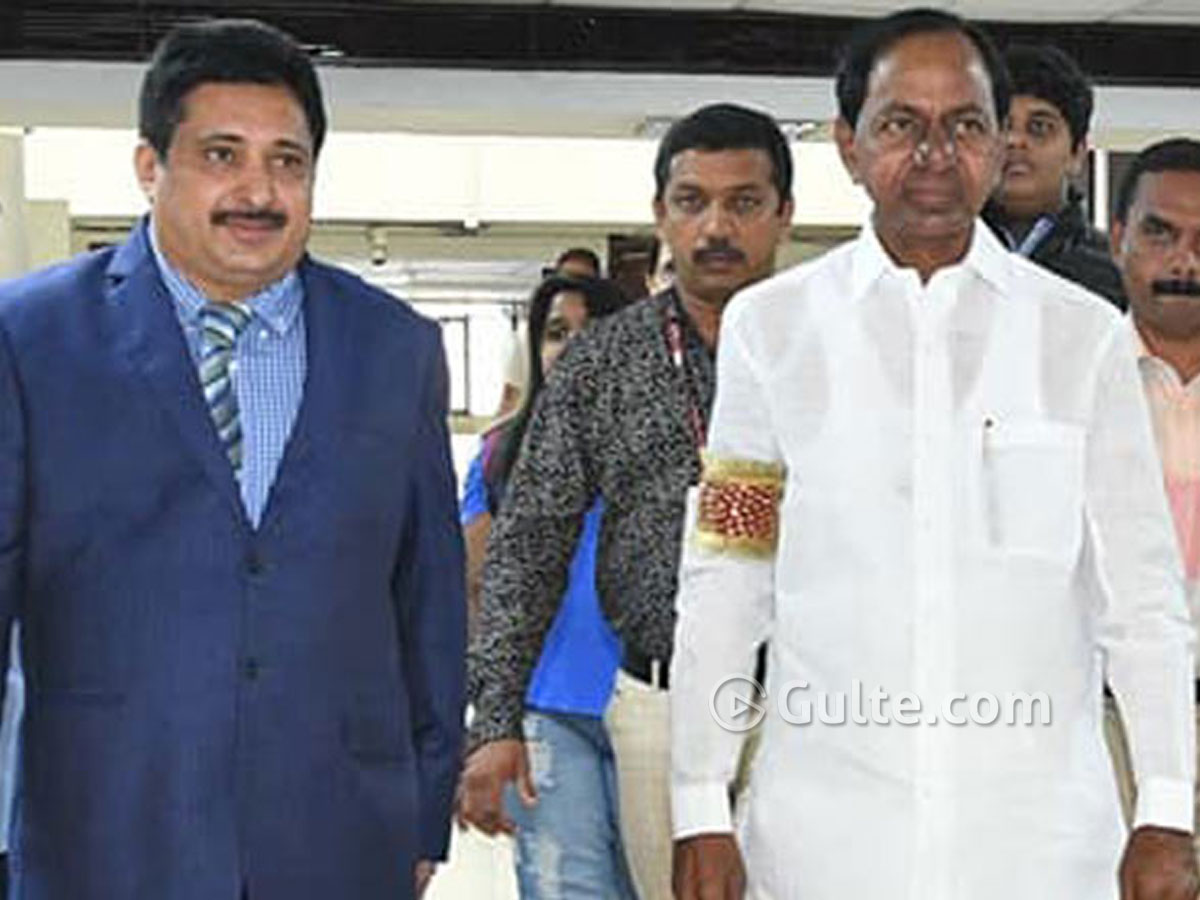 Kerala top cop to join KCR's cabinet?