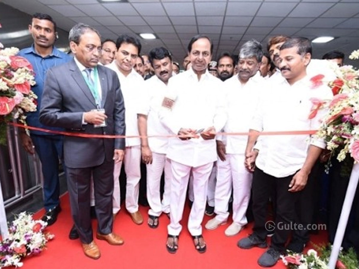 Rare Combo: KCR and Revanth Reddy in one frame