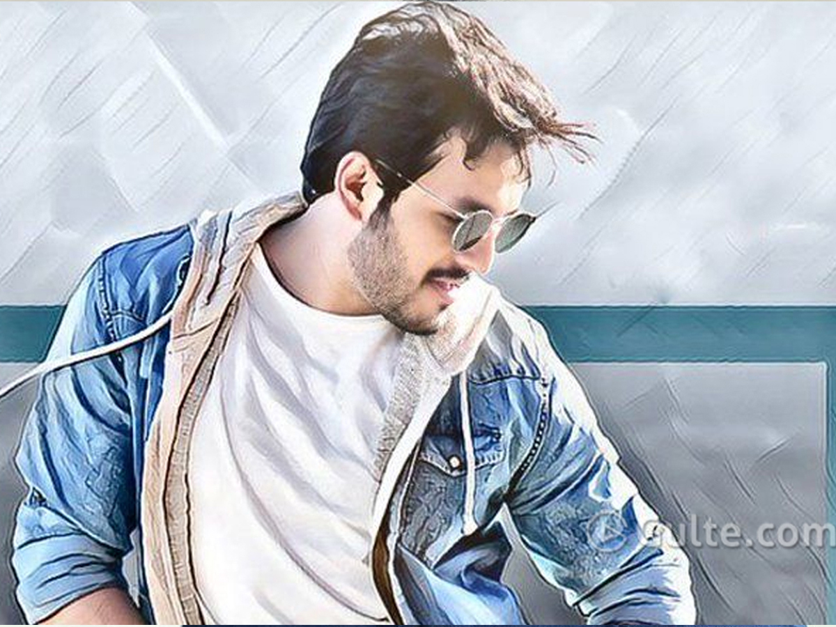 Akhil Injured On Sets!