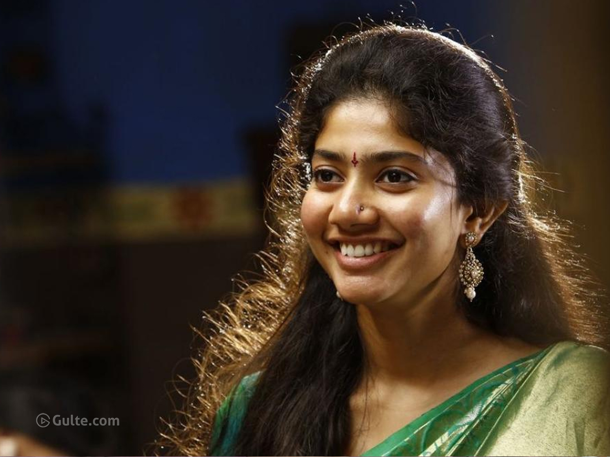 What's Wrong With Heroes And Sai Pallavi?