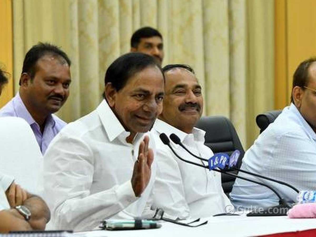 Coronavirus: KCR turns the real hero of Telangana
