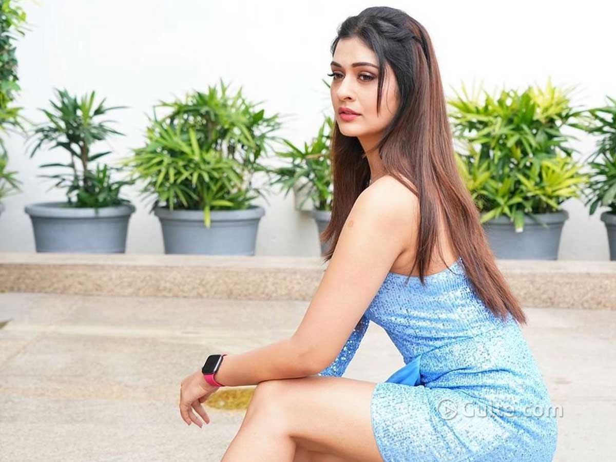 Rumour: RX100 Beauty Sacked Her Manager