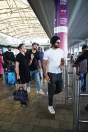 Fighter movie team back from Mumbai Schedule