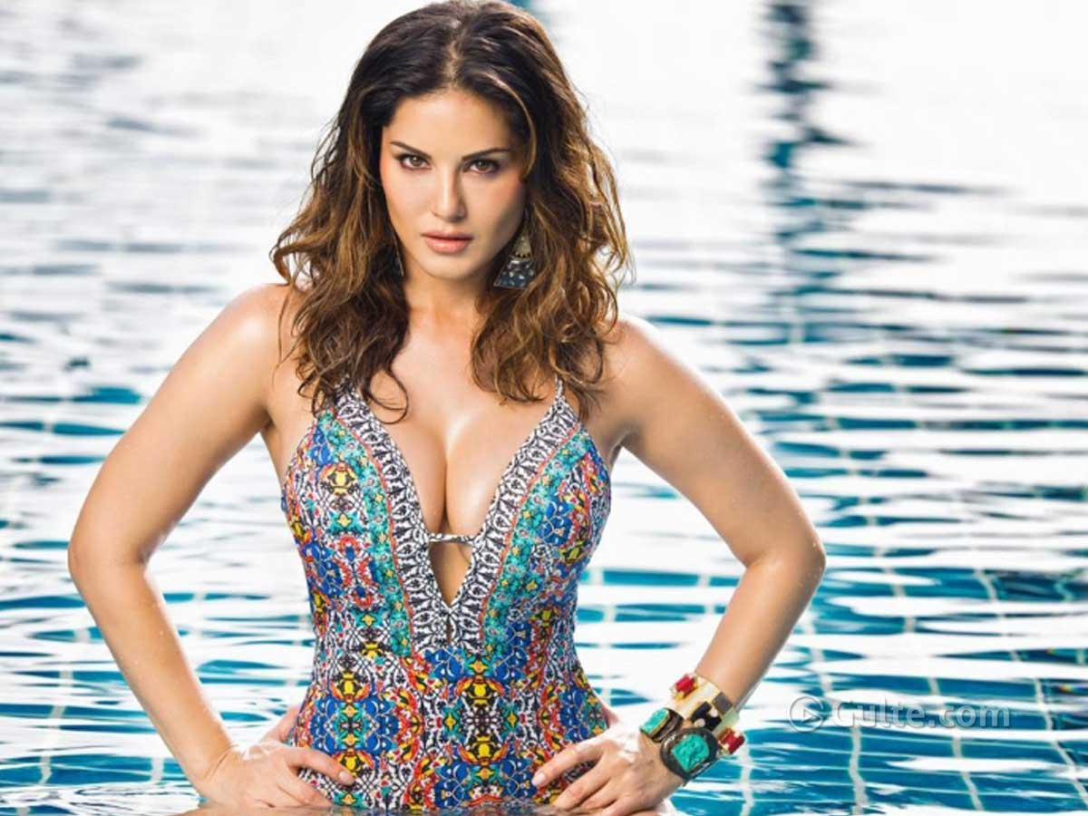 Sunny Leone's Summer Pictures Are Troubling Everyone