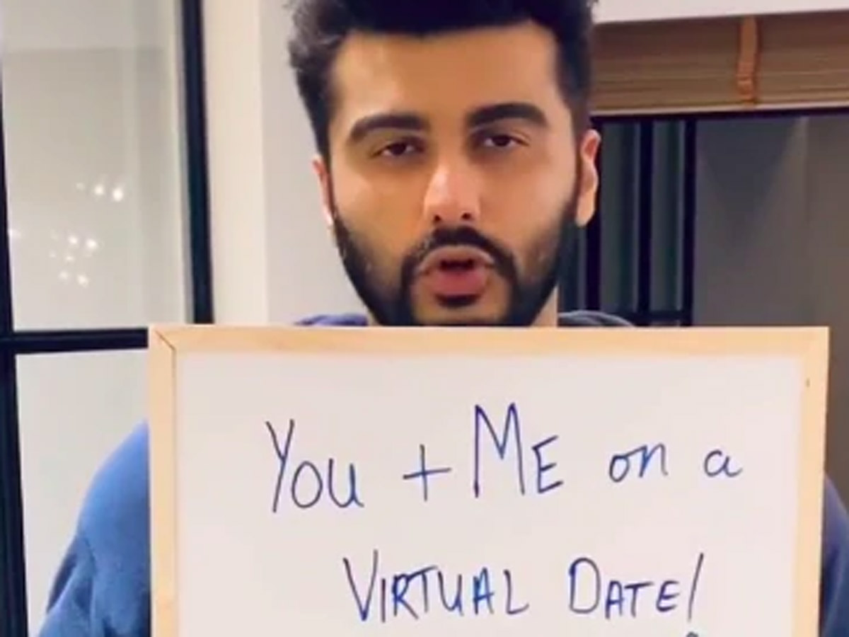 B Town Actor Offers 'Virtual Date' To Raise Funds